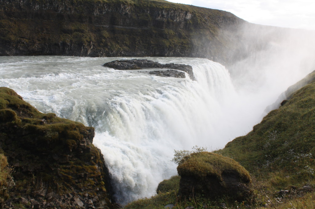 gulfoss waterfall iceland golden circle