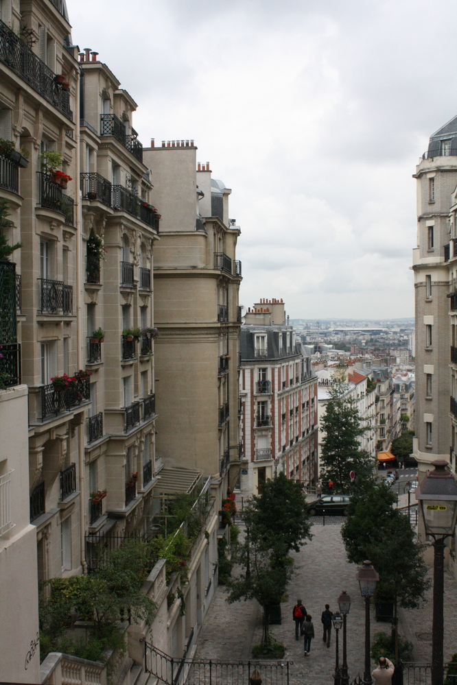 Montmartre streets in Paris - quiet and peaceful