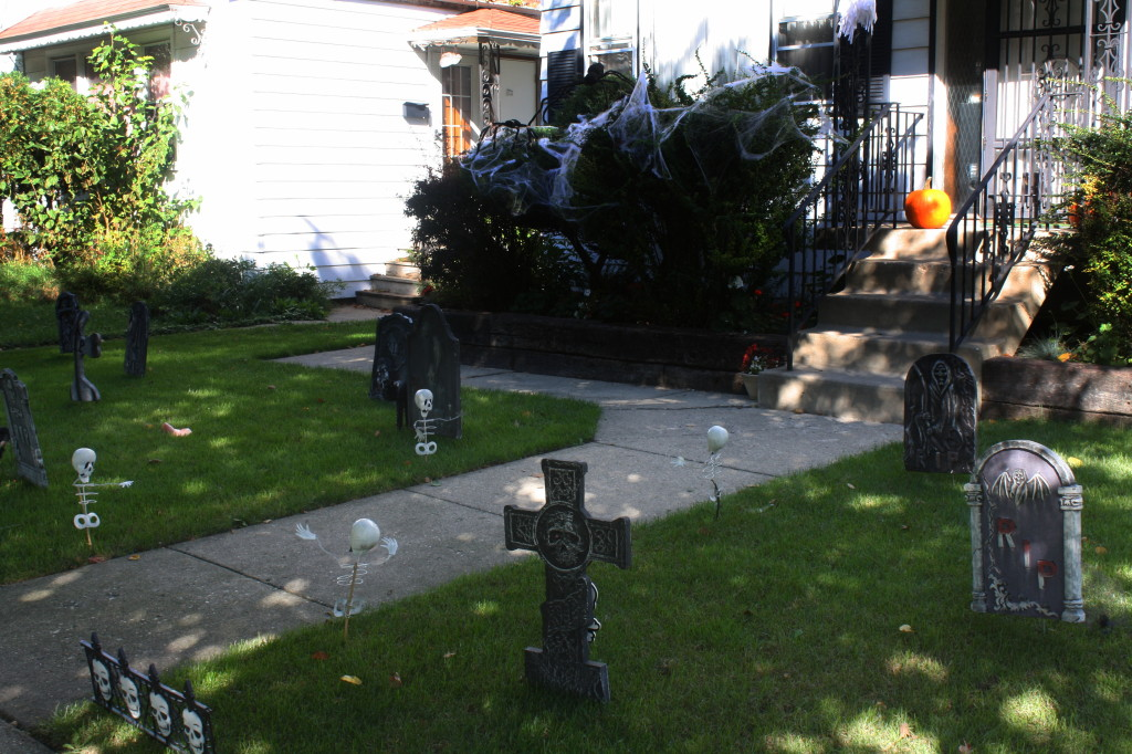 chicago halloween yard