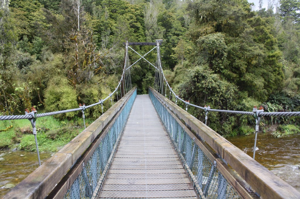 Swing bridge at Lake Matheson, Franz Josef Glacier, West Coast NZ